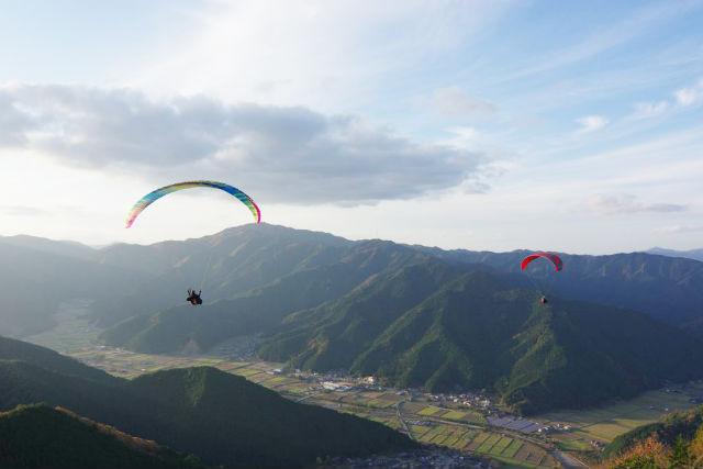 兵庫・丹波市・パラグライダー体験(フライト10分・タンデムフライト)★ドリンクプレゼント