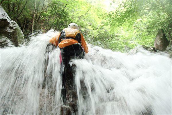 【SUPERシャワークライミング】滝を直登!チャレンジ精神旺盛の方は是非