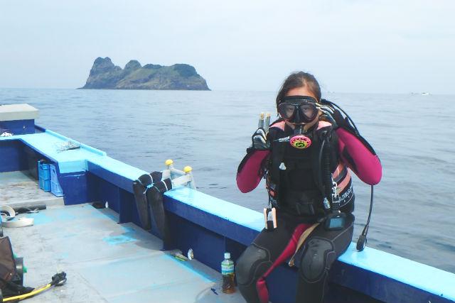 【大阪・兵庫発・体験ダイビング】ダイナミックな地形や魚群を楽しもう!1ボートダイブ