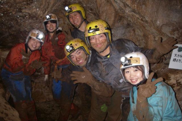 【岐阜・ケイビング】JR岐阜駅への送迎付きだから、誰でも手軽に洞窟探検!