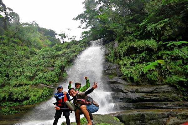 【西表島・マングローブカヌー・1日】幻のナーラの滝!秘境を目指す冒険ツアー