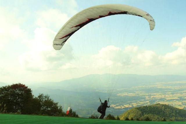 【富山・南砺市・パラグライダー】ライセンス取得で大空を楽しむ。 ベーシックコース★コシヒカリプレゼント