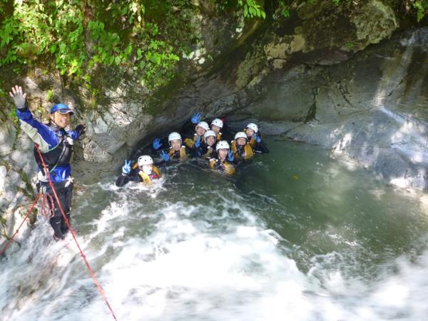 【1日・どきどきコース】最大22mの滝を下降★キャニオニングに興奮!