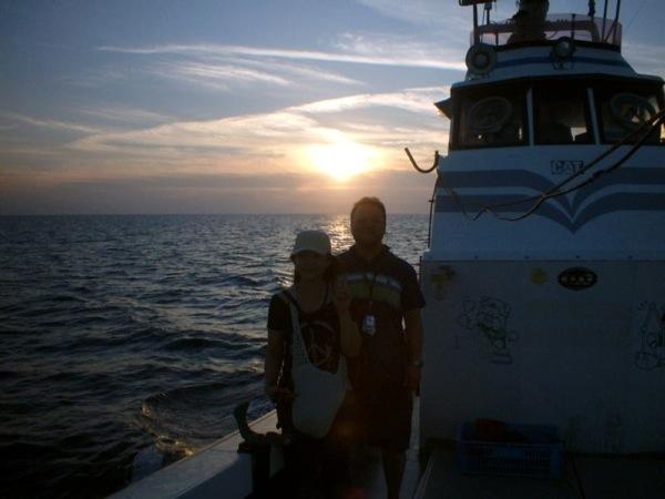 【鹿児島・種子島・観光船】サンセットクルージング!屋久島に沈む夕日を 海上から眺めよう!