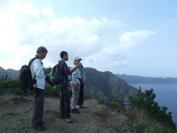 【1日・トレッキング】小笠原の自然を満喫!じっくり山歩き体験☆