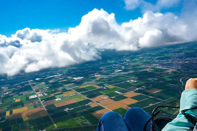 北海道・富良野・モータパラグライダー(タンデムフライト・飛行時間:約15分)