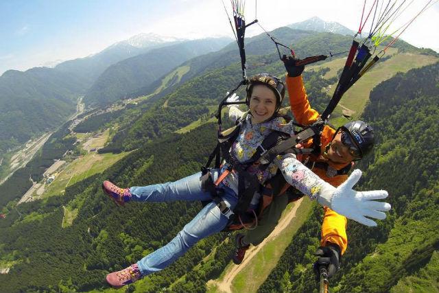 【タンデム】スキー場上部からフライト!北アルプスと富山平野の絶景を楽しもう