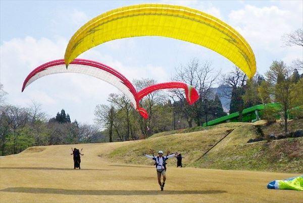 【立山・全4回】パラグライダーを基礎から学ぼう!低高度飛行から始めるエントランスプラン