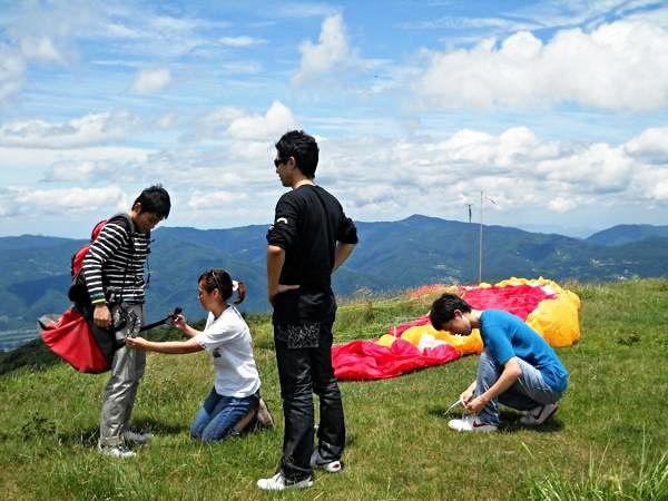 【徳島・三好市・パラグライダー】風を集めてふわっと浮こう!わくわくパラグライダー体験