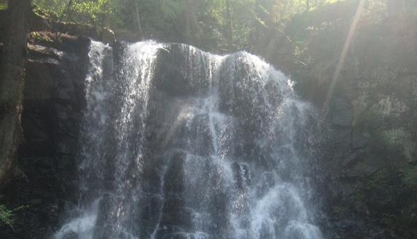 【半日・母の白滝】いにしえの聖地 母の白滝で清らかにハイキング!★写真プレゼント