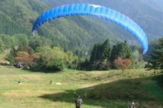 【岐阜・パラグライダー】飛んで!乗って!食べて!高原で思いきり遊びつくそう!