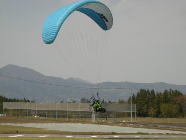【半日体験】群馬県内唯一の協会公認モーターパラグライダースクール★