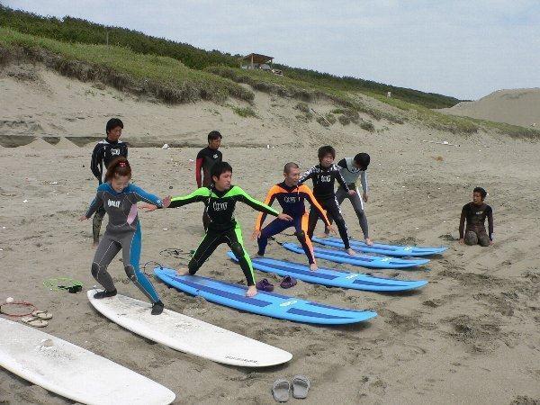 【未経験者歓迎!】お一人様からの参加も多数★サーフィンスクール