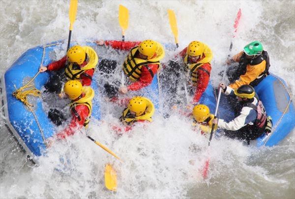 【北海道・ラフティング】10人から団体専用プラン!激流の鵡川ラフティング