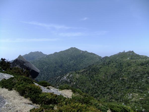 【1日・標高1831m】山頂から屋久島の絶景を眼下に★黒味岳トレッキング