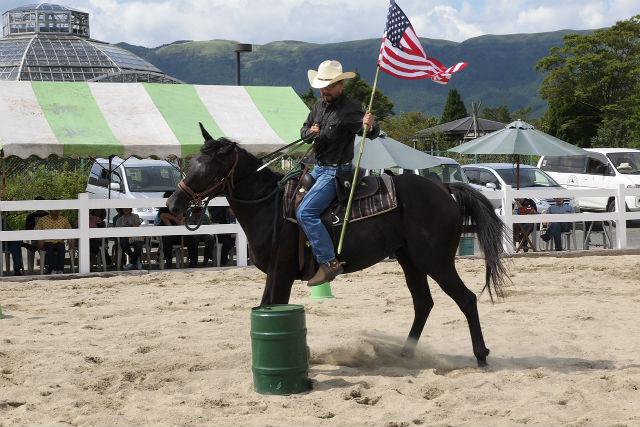 【熊本・阿蘇・体験乗馬・15分】気軽にお馬と触れ合おう!馬場内コース・お試しプラン★コーヒー付き