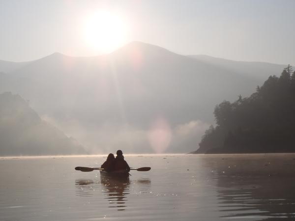 【みなかみ・早朝・カヌー】静寂な空気と、キラキラ光る水面に癒される。早朝カヌープラン