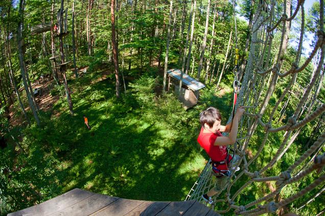 福岡・白糸の滝から約8分・フォレストアドベンチャー(2時間・九州初・高さ15m)