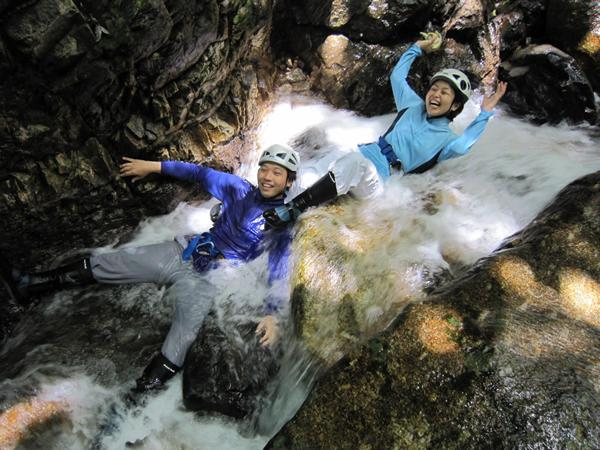 【半日・沢登り体験】屋久島の美しい沢で水遊び★選べる午前・午後