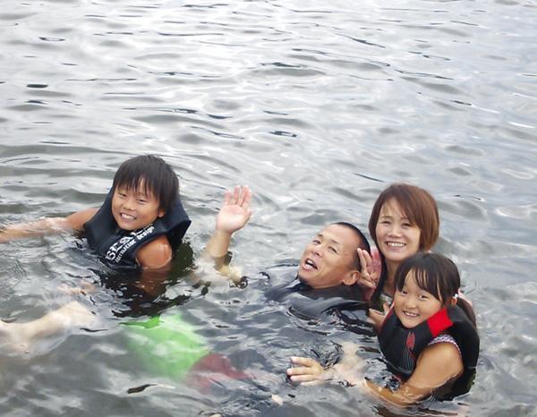 【親子体験パック】親子で浜名湖を滑ろう!思い出作りにオススメ♪