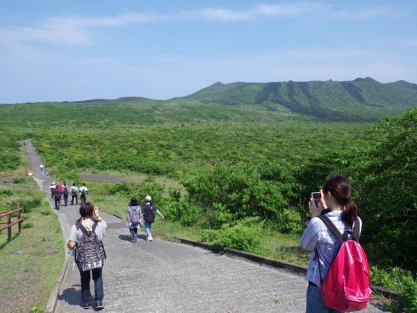 【半日・午前or午後】短時間で充実のひと時を★三原山トレッキング!