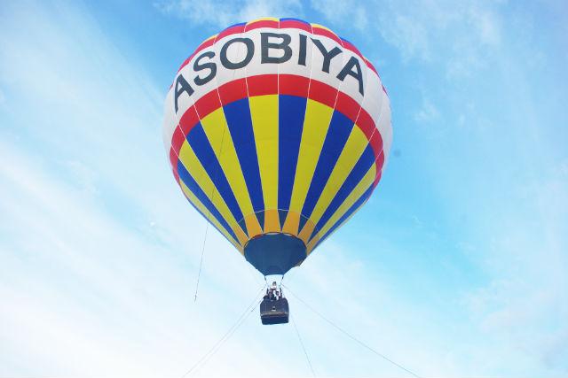 【北海道・富良野・熱気球】地上約20mからの景色を堪能!熱気球係留フライト