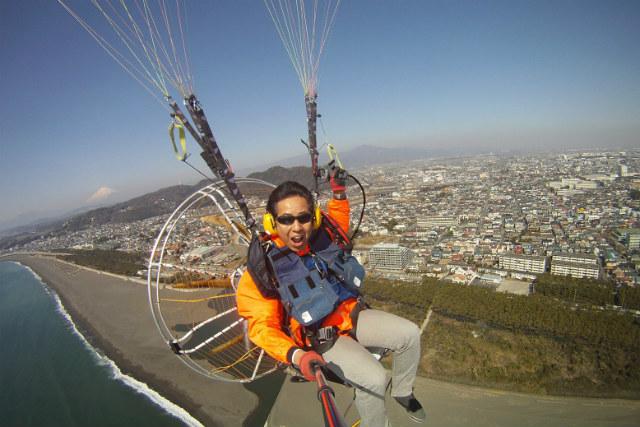 【神奈川・モーターパラグライダー】アトラクション気分で空を飛ぼう!お手軽プラン