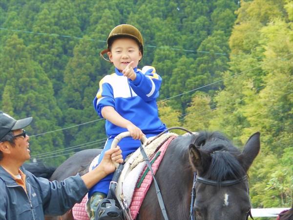 【引き馬・騎乗15分】小さなお子様も楽しめます♪
