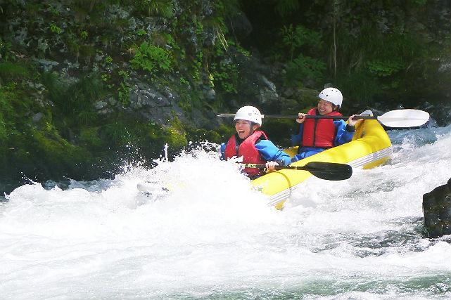 【北海道空知・ダッキー・3時間】スリル満点・急流川下り!ダッキーシーソラプチ川コース