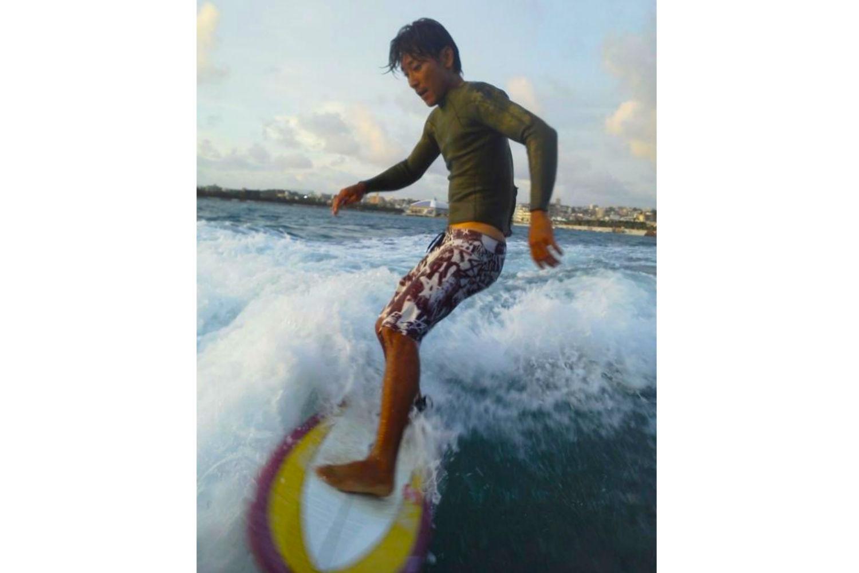 【経験者向け・1h貸切】沖縄の海で満喫☆ボートの波でサーフィン体験☆