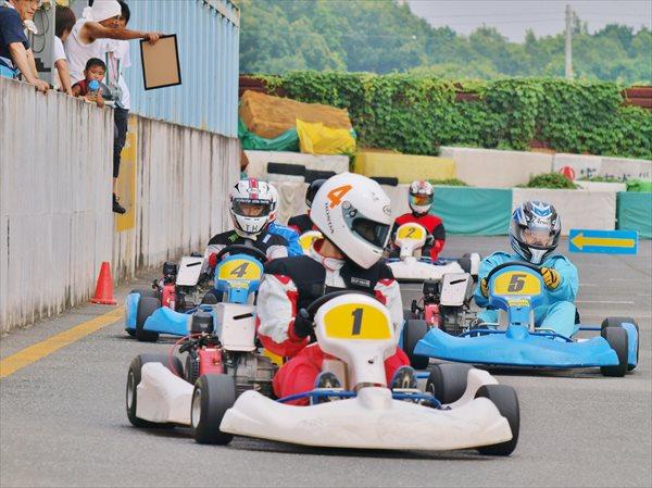 【茨城・石岡市・レンタルカート】仲間と一緒に盛り上がろう!30分の耐久レースパック