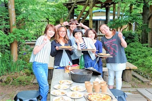 【静岡・伊豆・ピザ作り】トッピング持参もOK!伊豆の採れたて食材でピザ焼き体験!