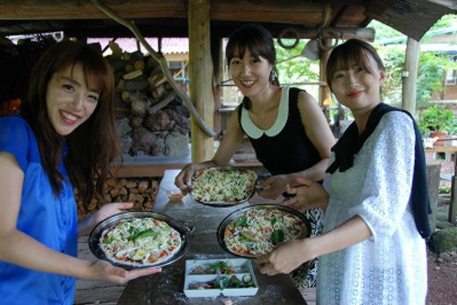 【静岡・伊豆・ピザ作り】薪割り&丸太切りにも挑戦!自然を感じるピザ焼き体験!