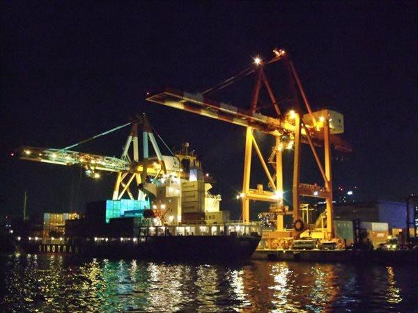 【乗合】東京ゲートブリッジと港湾夜景クルーズ