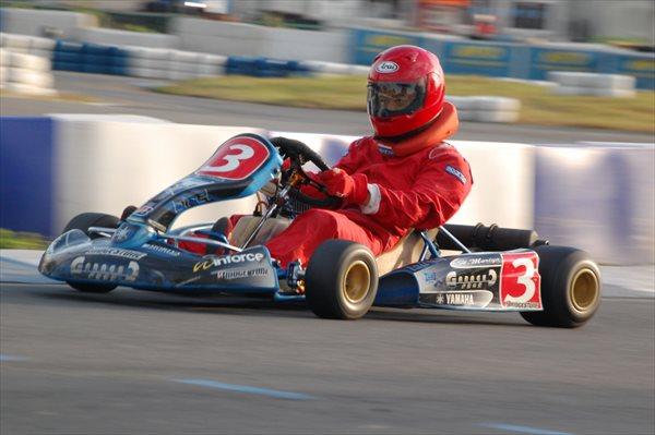 【1日】たっぷり遊ぼう!レース用エンジン搭載!本格的なレーシングカート体験☆