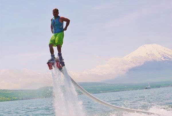 【山梨県・山中湖・フライボード】山中湖で今話題のフライボード体験!