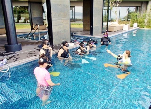 【伊豆山・シュノーケリング教室】海沿いの海水プールでアットホームに楽しもう!