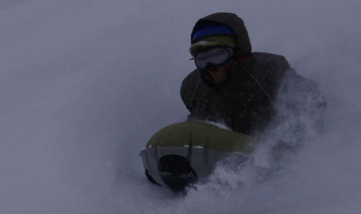 【北海道・大雪山・エアボード&スノーシュー】冬の外遊びをとことん満喫!1日プラン