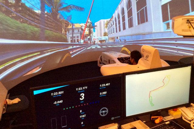 【兵庫県西宮市・バーチャルサーキット】関西初!本格シミュレーターでレーサー体験!