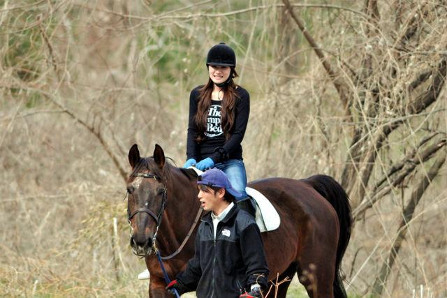 【群馬赤城・乗馬体験】スタッフが手綱を引いて乗馬体験できる、楽しい引き馬体験!