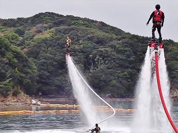 【愛媛・30分・上級】インストラクターの指導でスキルアップ!フライボードレッスン