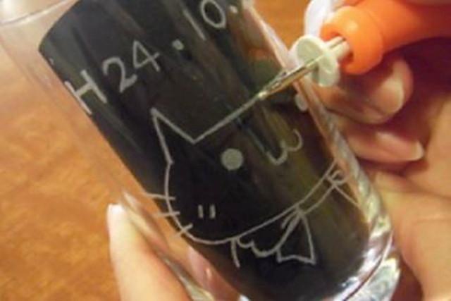 【北海道小樽・グラスルーティング体験】グラスに思い思いの絵を描こう!グラスルーティング体験