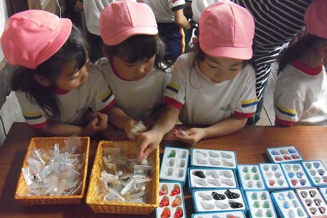 【北海道小樽・ジェルキャンドル作り体験】素材は100種類以上!自分だけのジェルキャンドル作り体験