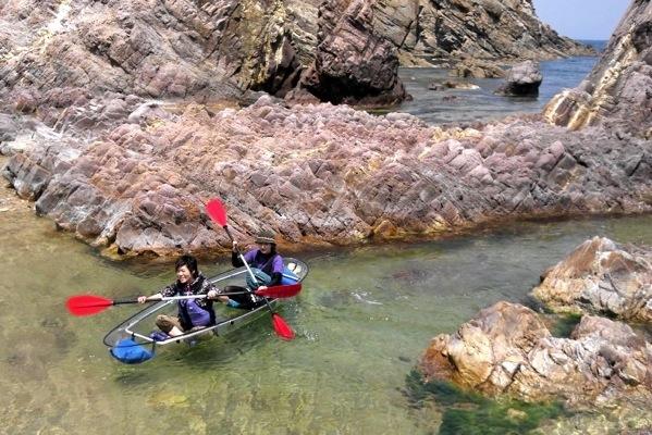 【鳥取・シーカヤック】透明度の高い海を満喫!鳥取・浦富海岸クリアカヤック体験