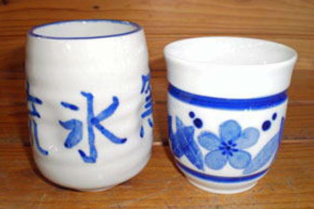 【北海道北見・陶芸】和紙を使って陶器に絵柄を染めつけ!和紙染め陶芸絵つけ体験