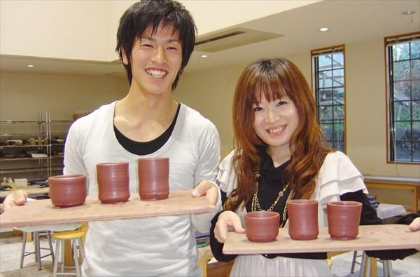 静岡・伊東市・陶芸体験(40分・電動ろくろ・土使い放題)