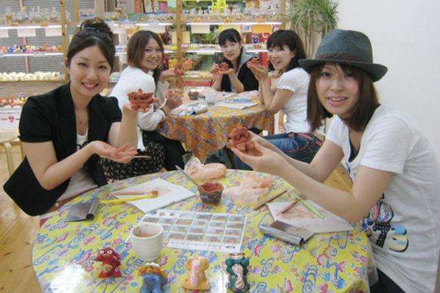 【沖縄・那覇・シーサーを粘土から手作り】成形から絵付けまで体験できます!沖縄土産にシーサーを作ろう