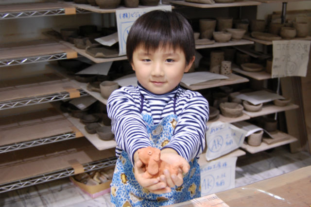 【静岡県八幡野・陶芸体験】素朴な雰囲気の素焼き人形作りを気軽に楽しもう!