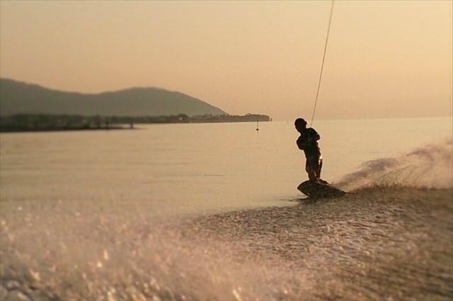 琵琶湖・ウェイクボード&バナナボート(~1時間)