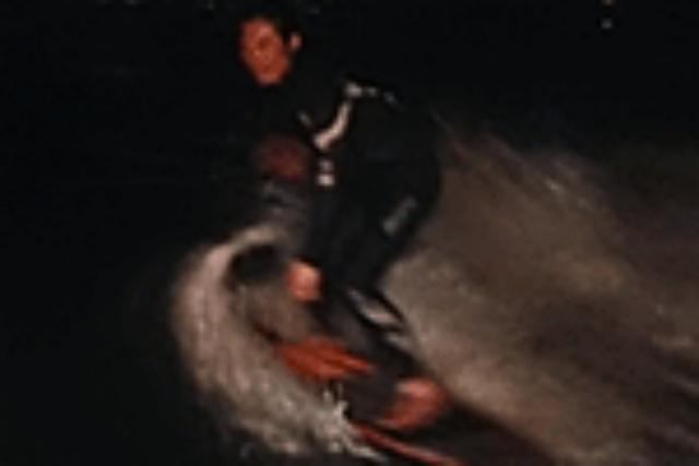 【琵琶湖・ナイトサーフィン】夜の琵琶湖でウェイクサーフィン!ナイトサーフィン
